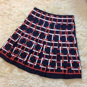 Ann Taylor size 6 beautiful pattern silk skirt